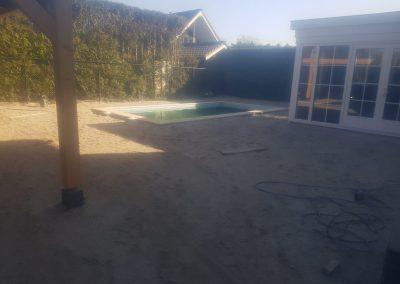 bestrating tegels zwembad achtertuin Amersfoort