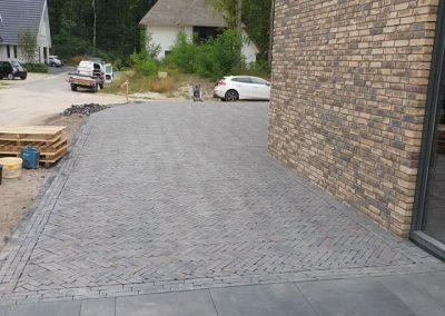 bestrating oprit nieuwbouw Apeldoorn